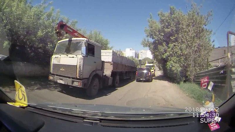 Самара 2018 ДТП Маз замял Ланд Крузер