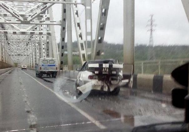 16.08.2018. В ДТП на мосту пострадали полицейские
