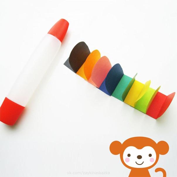 РАЗНОЦВЕТНАЯ ГУСЕНИЦА ИЗ БУМАГИ Понадобятся:бумага и полукартон различных оттенковканцелярский клейпростой карандашчерный