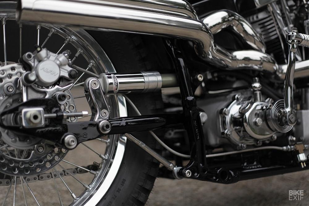 Shiny Hammer: чоппер H-D FLH Shovelhead 1972