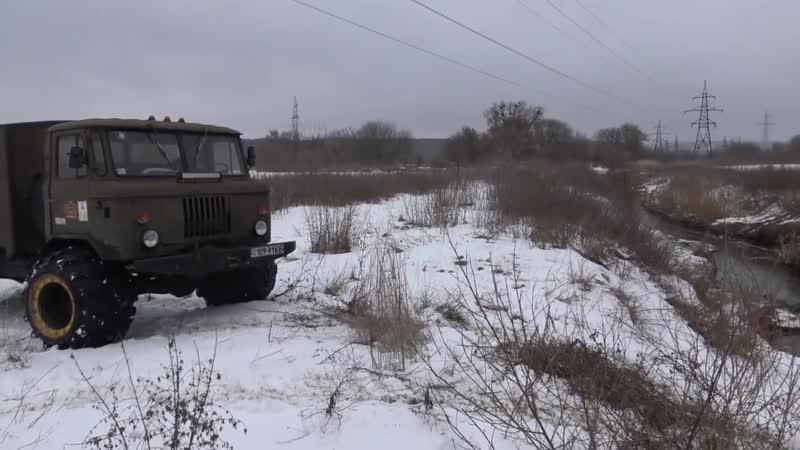 Toyota Land Cruiser 100 проломал лед Луаз спасает ГАЗ 69 off-road 4x4