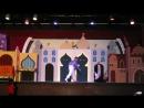 Сцена из мюзикла Ala Din