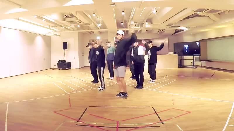 EXO (엑소) - 닿은 순간 (Ooh La La La) Dance Practice (Mirrored)