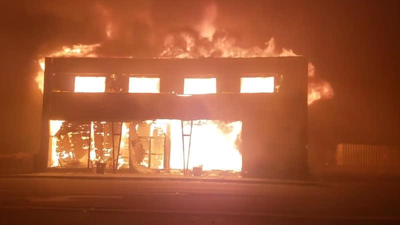 Число жертв пожаров в Калифорнии достигло 66 человек | 16 ноября | День | СОБЫТИЯ ДНЯ | ФАН-ТВ