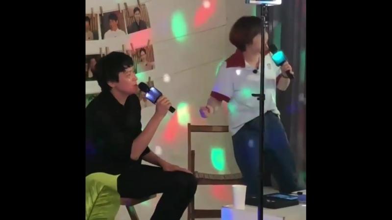 Kang Dong Won [V live]