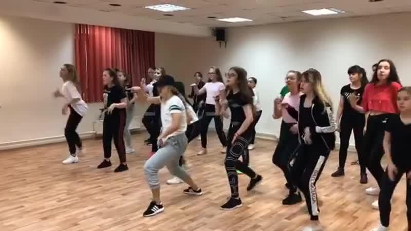 Ух, ну и крутая у нас собралась команда Dance-mix😍 Такие звёздные, такие зажигательные 😎. . Присоединяйтесь и станьте частью тан