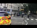 Автомобиль врезался в ограду парламента Великобритании