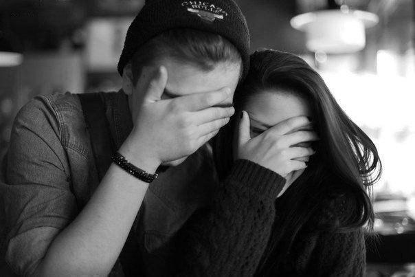 парень с девушкой без лица фото