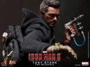 Iron Man 3 Hot Toys Tony Stark The Mechanic Movie Masterpiece 1/6 Scale Collectible Figure Review