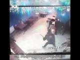В Перми пьяный посетитель бара ворвался в драку с железной трубой