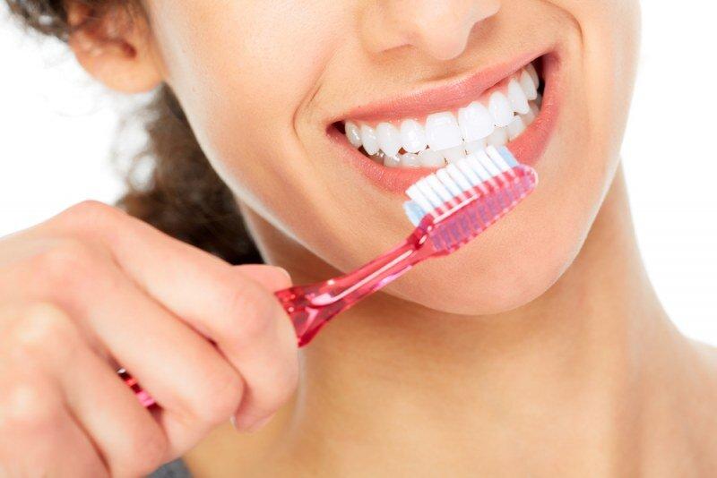 Домашние средства для чистки зубов