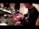 5 Minute Scratch Session with DJ Q-Bert & DJ Revolution (2011)