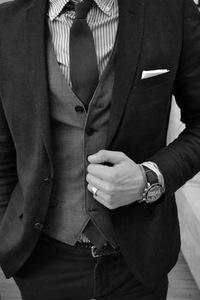 Аватар с мужчиной в костюме, шляпе и с сигаретой