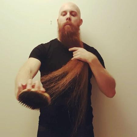 """Longest beard in Sweden on Instagram """"Brushing up on my brushing 🙃🙃🙃"""""""