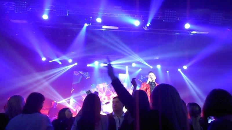 17.04.18г. Поклонницы зажигают на концерте Стаса в г.Нальчике.