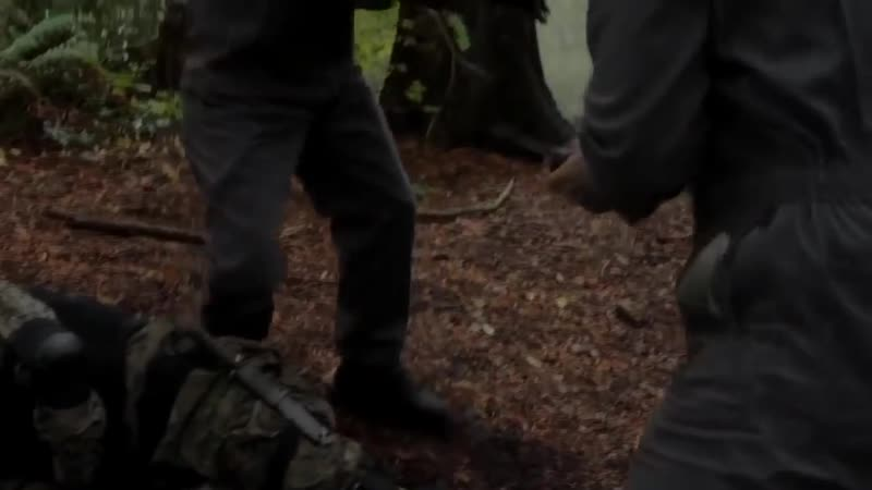 (SPN) Sam e Dean fugindo do FBI na floresta