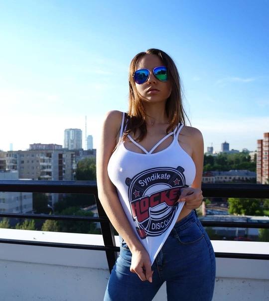 Ксения Дерябина Голая