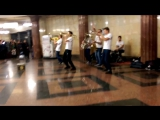 #музыкавметро Кавер на песню Сука-Любовь Михея. #brevisbrassband #kover #метро #москва #undergroun