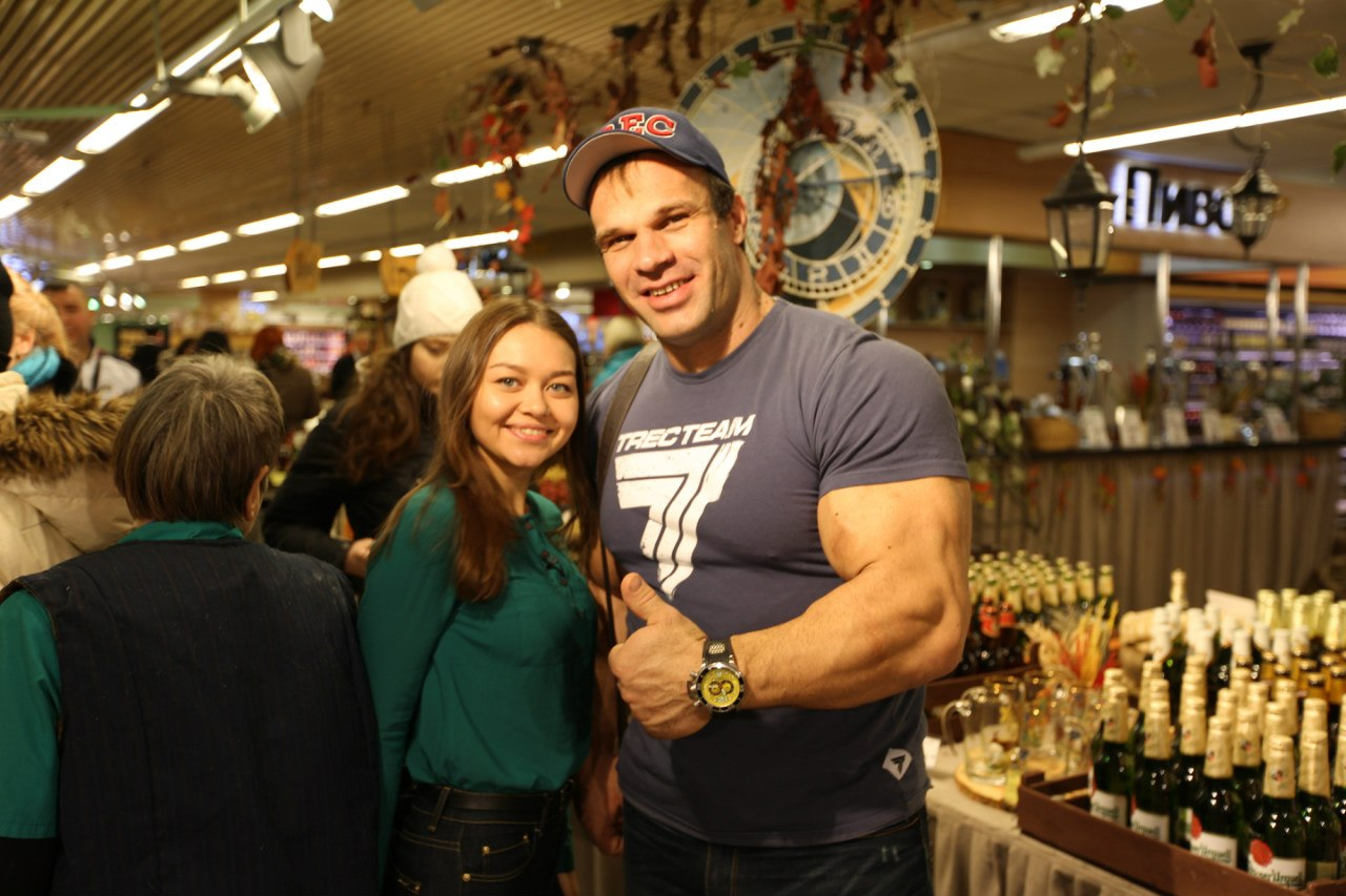 Denis Cyplenkov - Photos with fans - TV Cooking Show │ Photo Source: Trec Nutrition