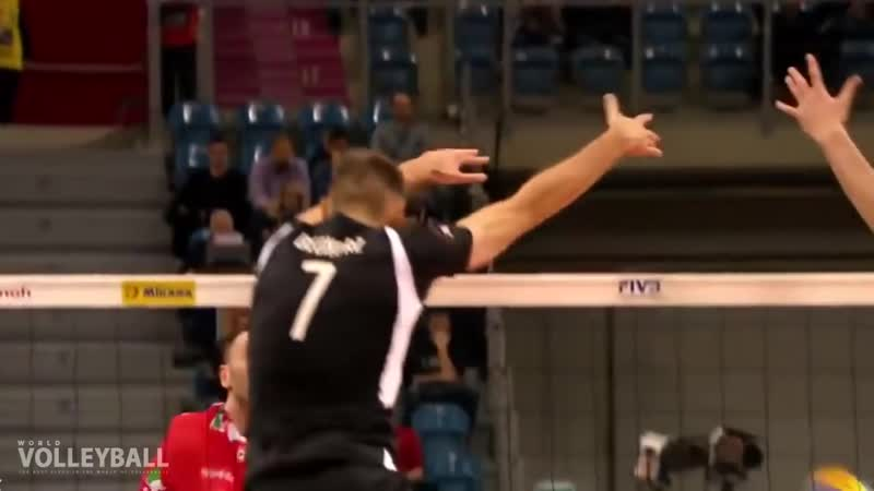 Monster Volleyball Blocks Block Assist Joust Penetrating the Net Turning In