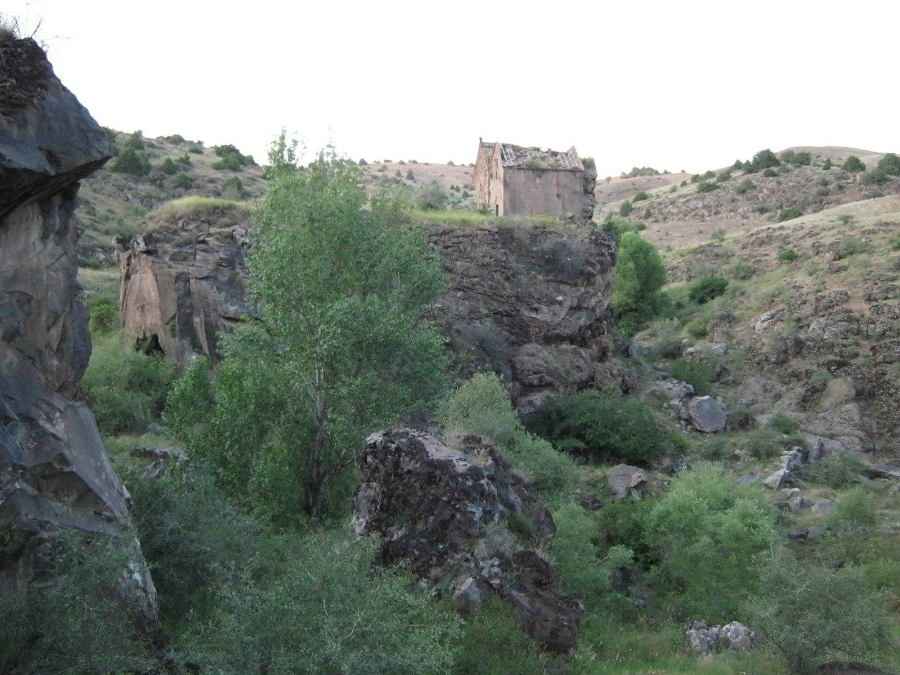 монастырь Сур Сион в селе Хере Хер