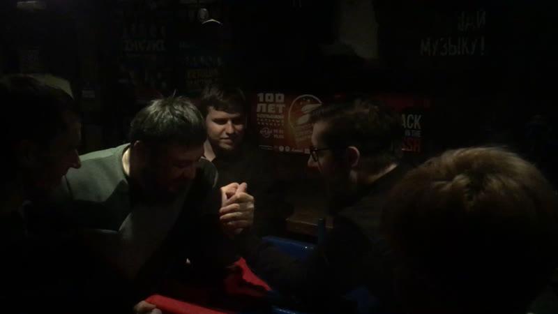 Драка жестокая драка рок бар