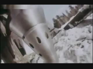 Бурение скважины реактивными снарядами