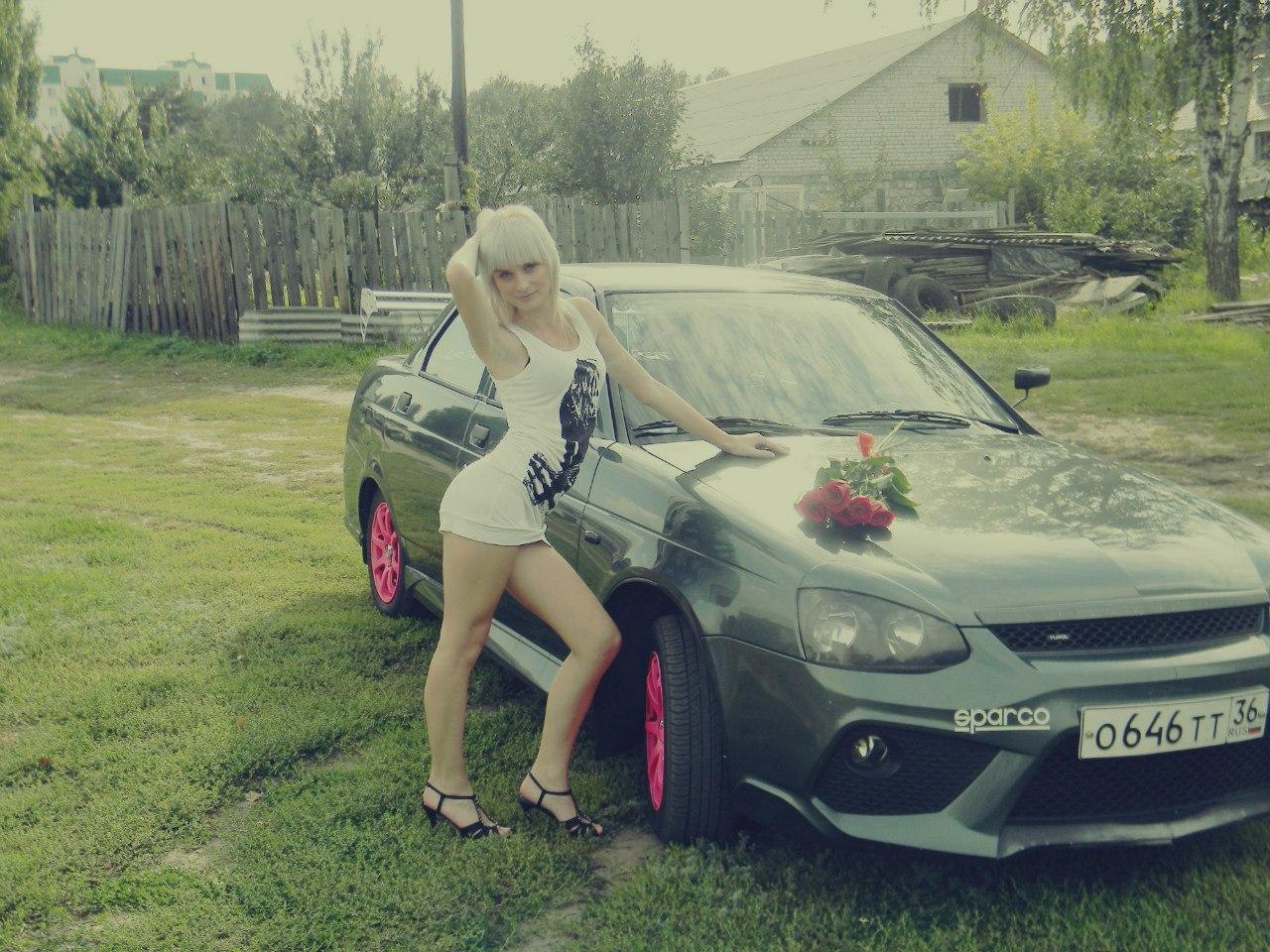 Русские женщины в машине 11 фотография