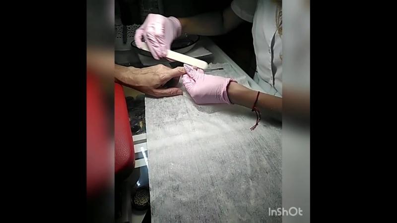 Так проходит день мастеров маникюра и педикюра