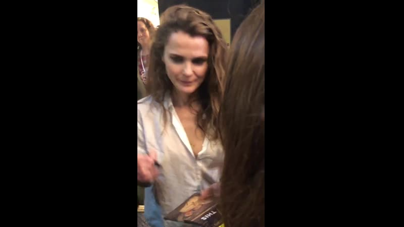 Keri Russell signing autographs after tonight's Burn This
