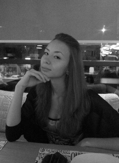 Юлечка Романенко, 16 апреля , Тольятти, id11040528