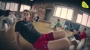Надувной гимнастический цилиндр TimeTrial AIR на тренировке по капоэйра