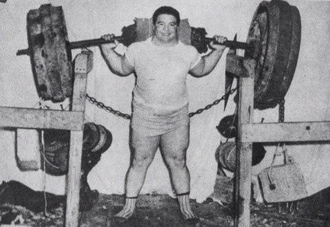 2 840кг   рекордный вес, когда-либо поднятый человеком.