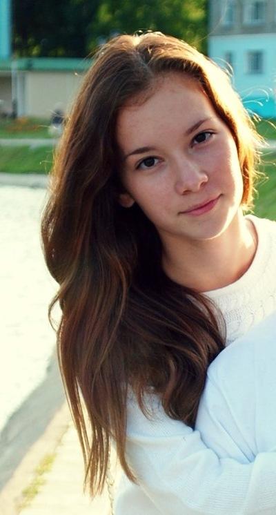 Карина Мустафаева, 30 августа , Уварово, id53024116
