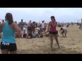 Beach_wrestling_TUFF,_2009._Carrie_defeats_Lizzie