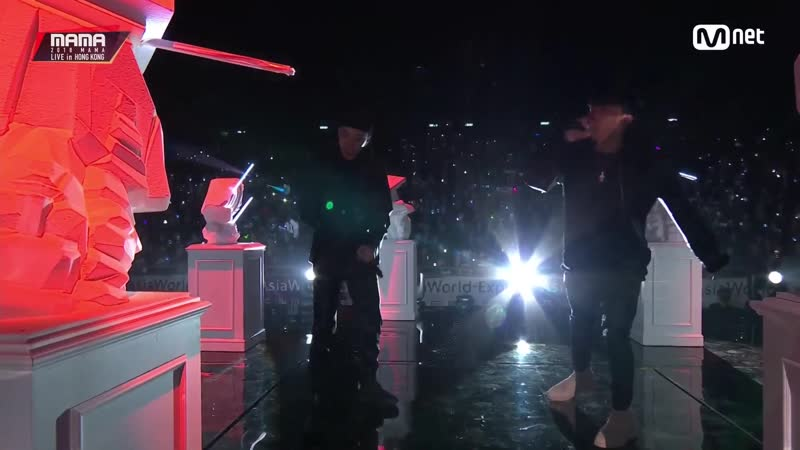 Changmo BewhY - Maestro Forever @ 2018 MAMA in Hong Kong 181214