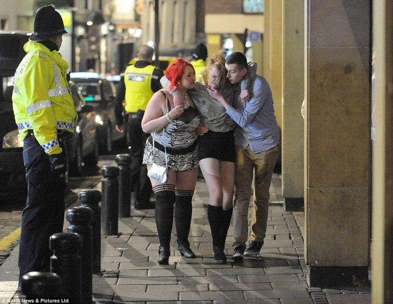 фото пьяных баб на улице