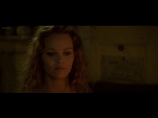 Ванесса Паради (Vanessa Paradis) голая в фильме «Элиза» (1994)