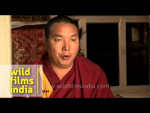 Нгаванг Лама Таши Бапу Lama Tashi singing his unique multi-phonic chant