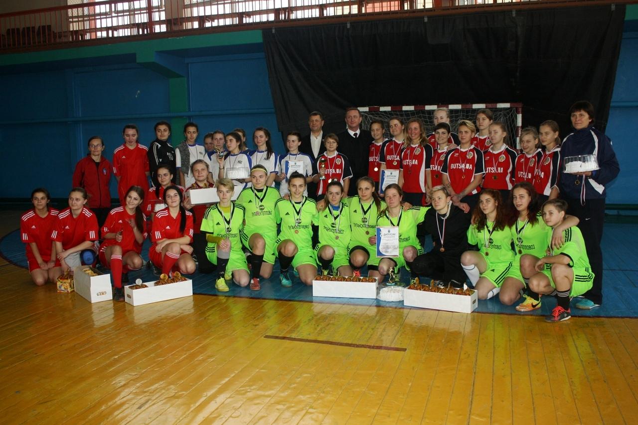 Команда по женскому футболу «Дончанка» – победитель соревнований на кубок главы администрации г. Брянки