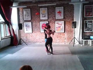 Kizomba - semba - tarraxinha imprivisation by Alex Malagor y Alex Stel at ME100