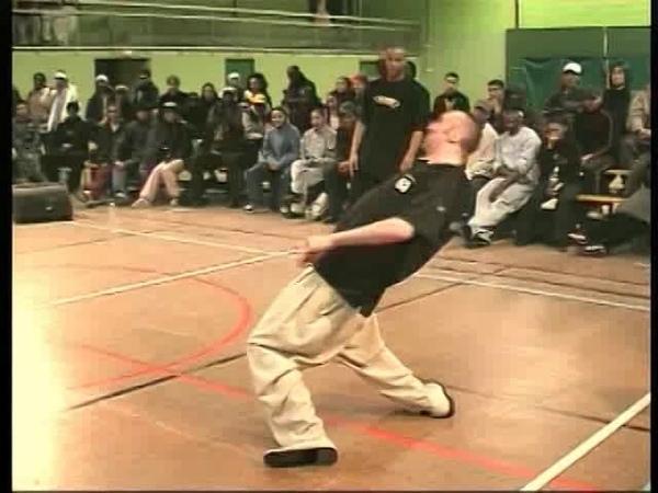 Juste Debout 2002 - Popping final - Gator Original Mat vs Fish de Compo Stéphane