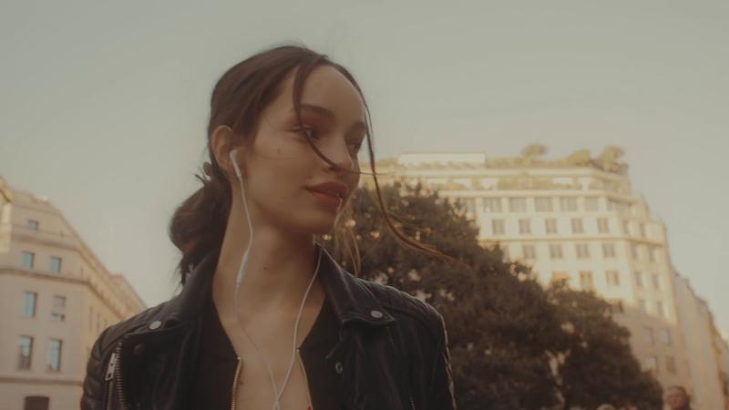 Luma Grothe in Paris