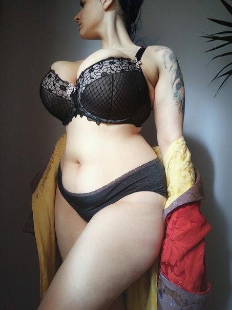 Big tits and handjob