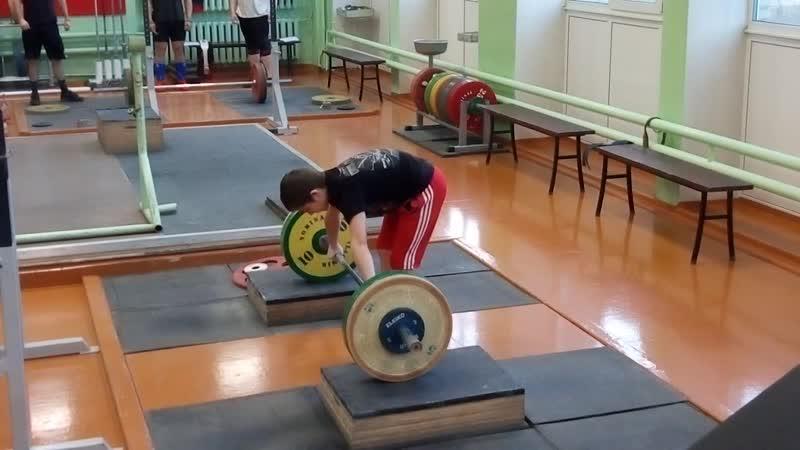Максим Александров-06 гр-рывок кл.-43.46.49.50 кг. Георгий Липатов-05 гр-рывок кл.-42. 45 не удачно.