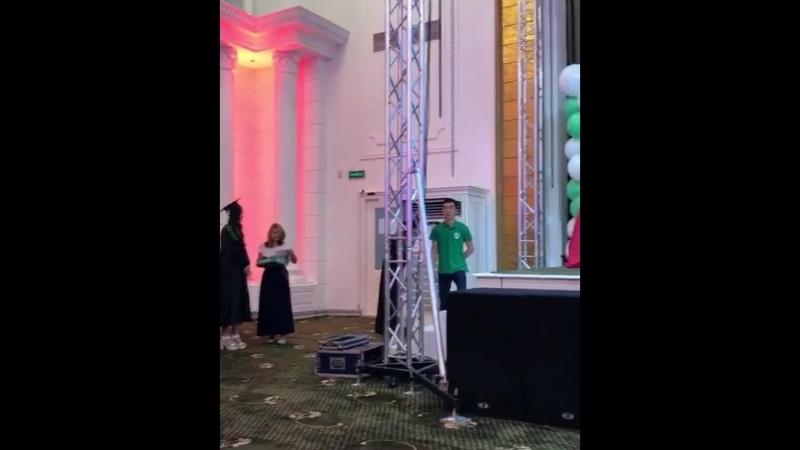 Осымен бітті!) кәсіби журналист атандық 🤗 UIB түлегi 2018