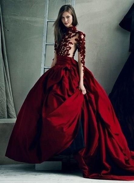 Шикарные платья потрясающего винного цвета
