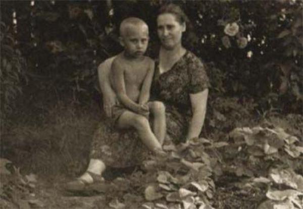 голые фотографии из семейных альбомов