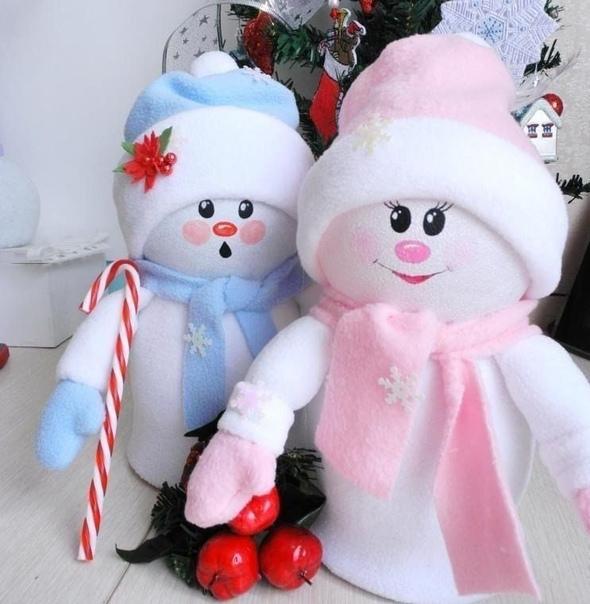 Снеговички из пластиковых бутылок и флиса