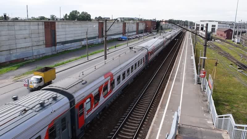 ЧС2Т-953 с пассажирским поездом 081А сообщением СПБ-Москва